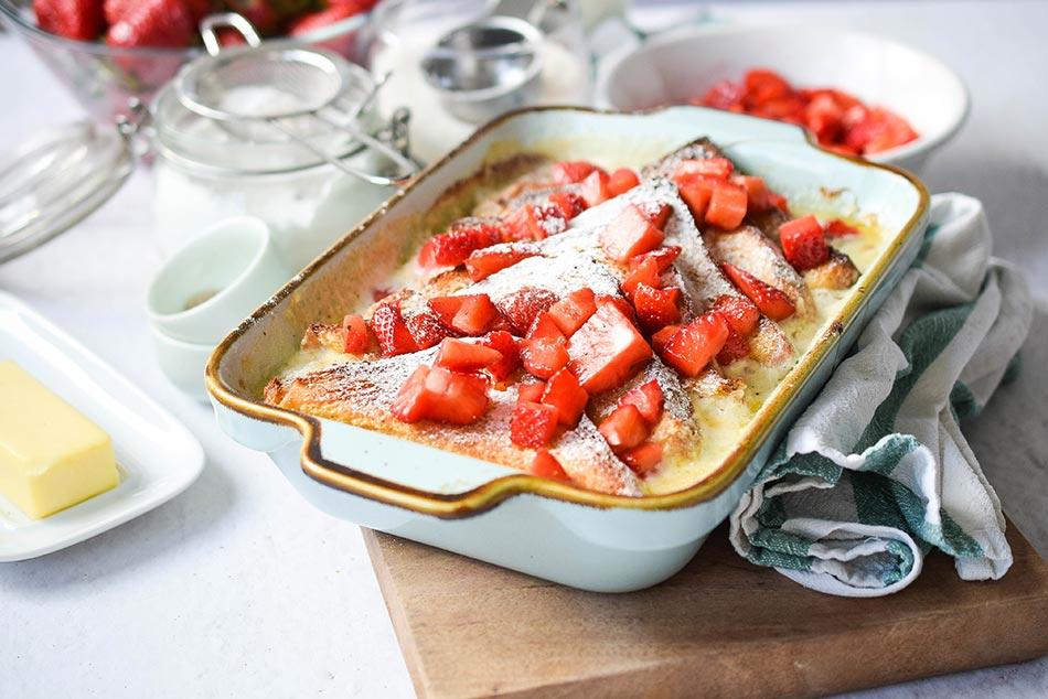 Prženice iz rerne sa maskarpone sirom i jagodama